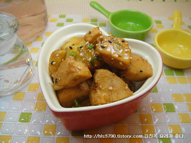 자극적이지 않은 영양반찬 닭가슴살 고구마조림 *^^*